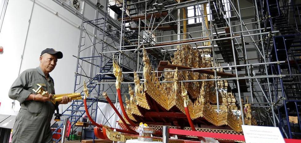 Tailandia prohíbe un acto que conmemora el fin de la monarquía