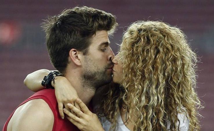 Shakira y los caballeros duelista de Cáceres