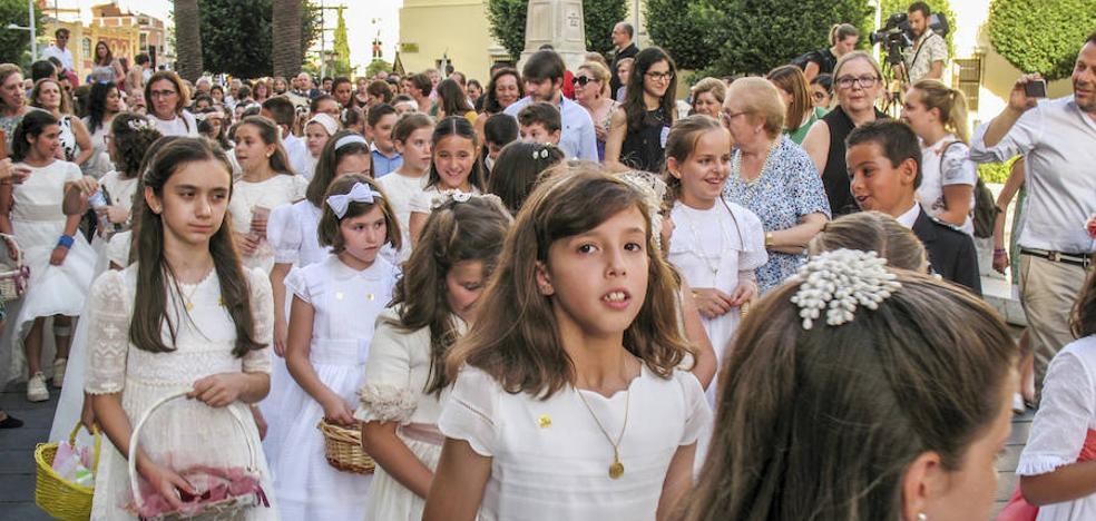 150 niños acompañaron a la Custodia en el Corpus Christi