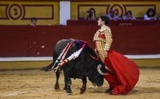 Mano a mano entre Adame y Garrido sin público ni toros