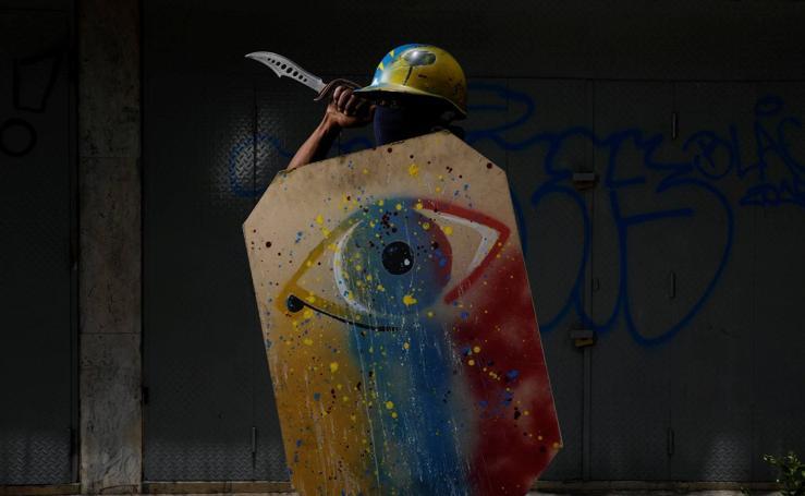 Los escudos de los manifestantes venezolanos