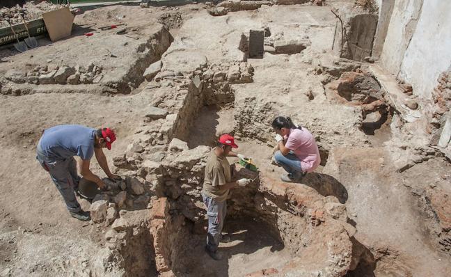 El yacimiento de Concepción Arenal muestra una alfarería y un lagar modernos