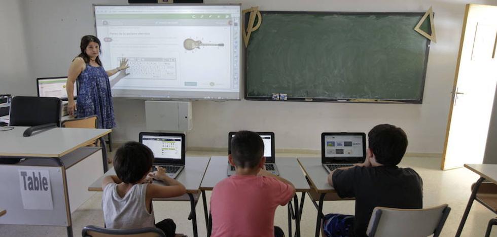 CSIF pide la contratación de administrativos en los colegios de Infantil y Primaria