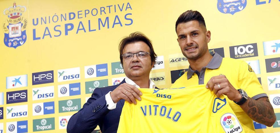 Vitolo: «Vuelvo a casa a ganarme el puesto y no me voy a reservar nada»