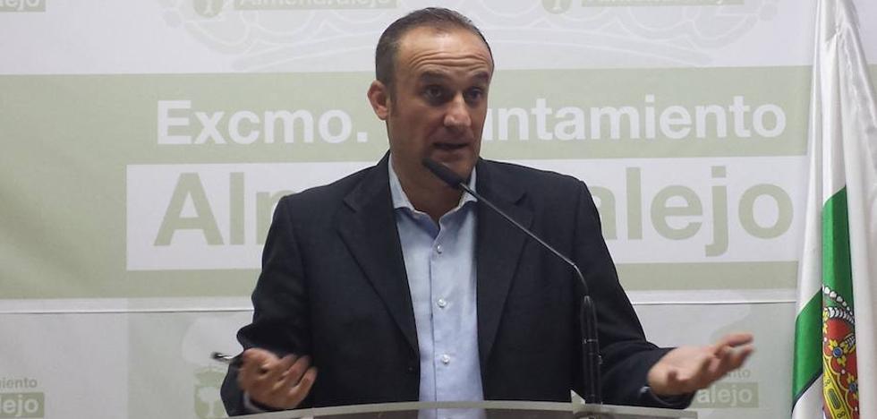 El alcalde de Almendralejo fue interrogado como investigado en el caso Púnica