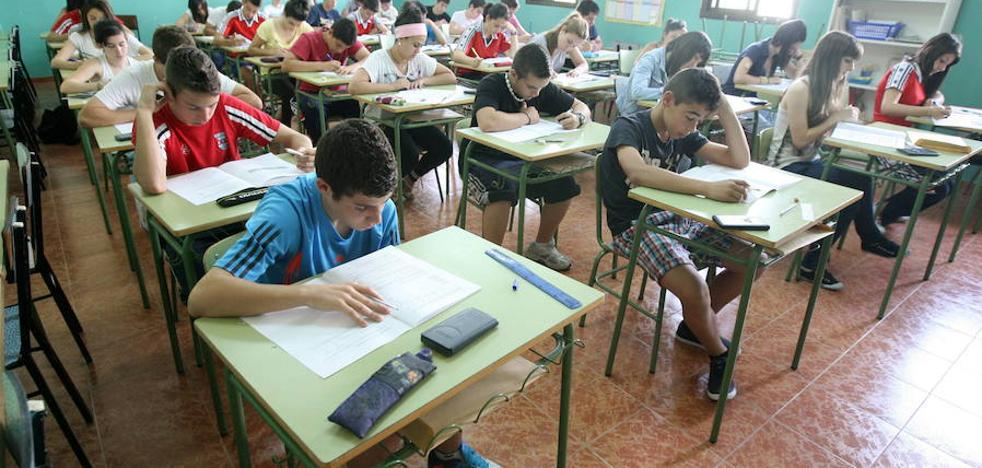 Proponen suprimir cinco unidades concertadas en el próximo curso en Extremadura