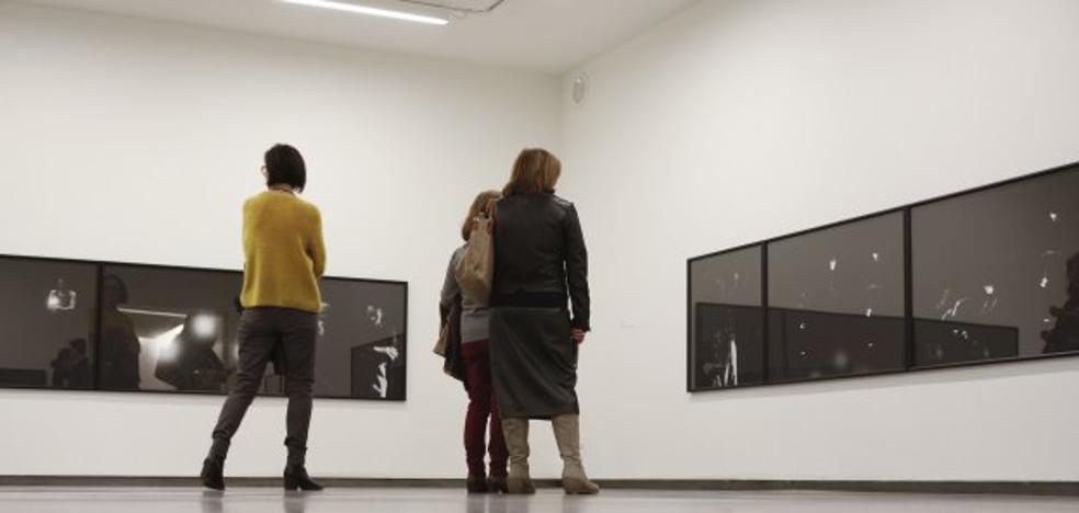 Visita guiada en el Centro de Artes Visuales Helga de Alvear