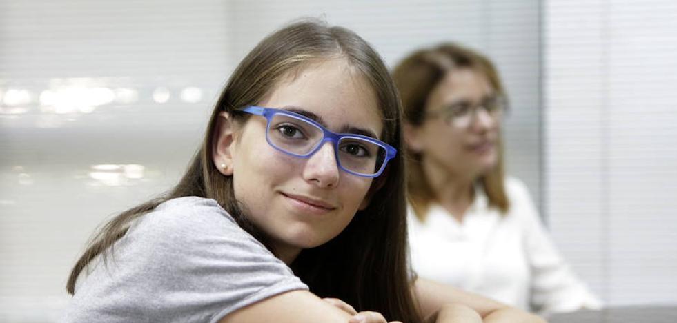 Una alumna del IES Norba Caesarina gana el concurso regional de ortografía