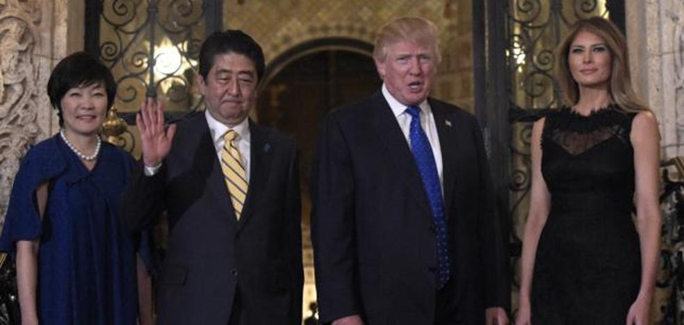 La Primera Dama de Japón se la cuela a Donald Trump