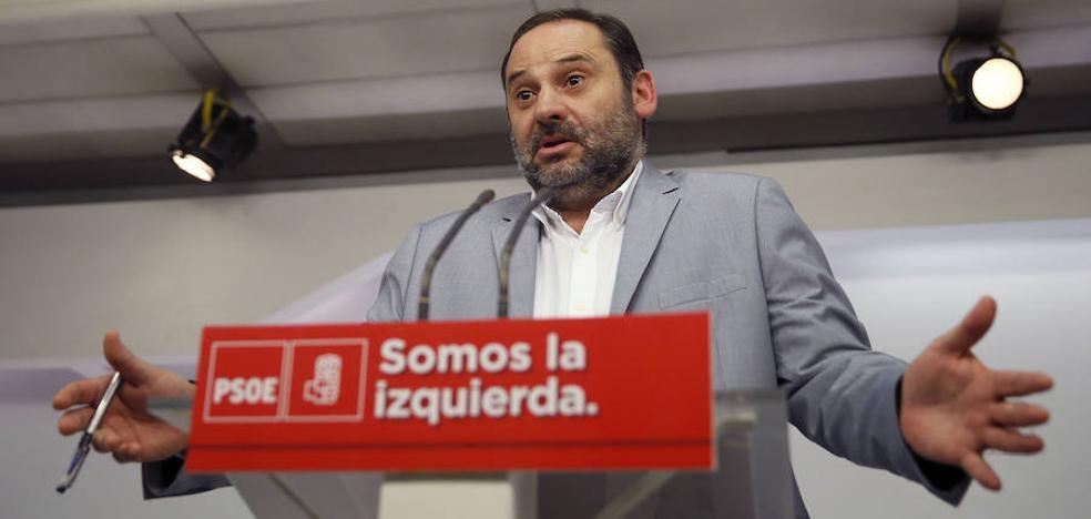 El PSOE pide al Gobierno que no eche «gasolina al fuego» en Cataluña