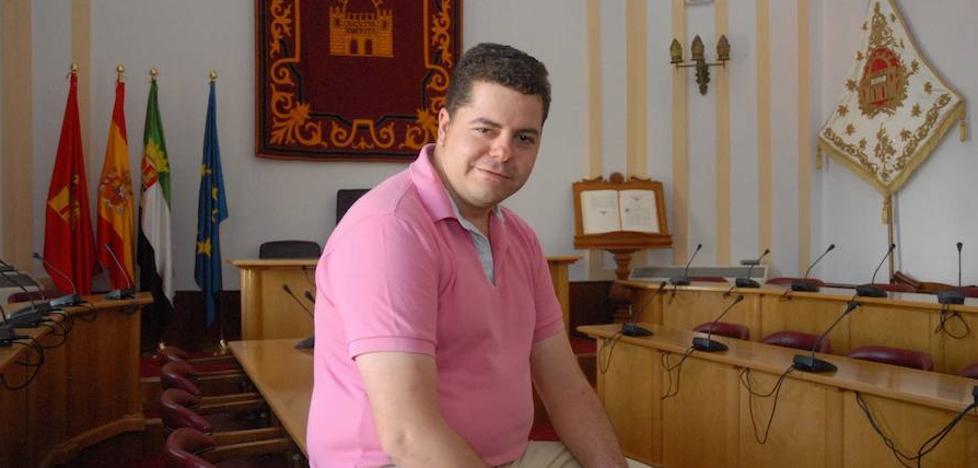 El Ayuntamiento de Mérida pide dos años de prisión para el concejal del PP Daniel Serrano
