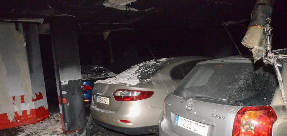 El incendio del garaje de Badajoz ha sido intencionado, según los especialistas