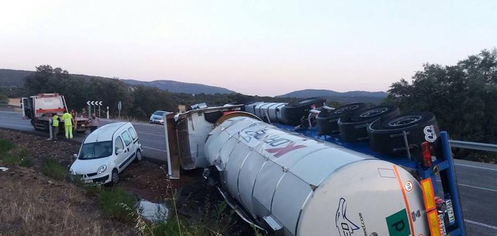 La Plataforma N-430 vuelve a reclamar la autovía tras el vuelco de un camión cisterna