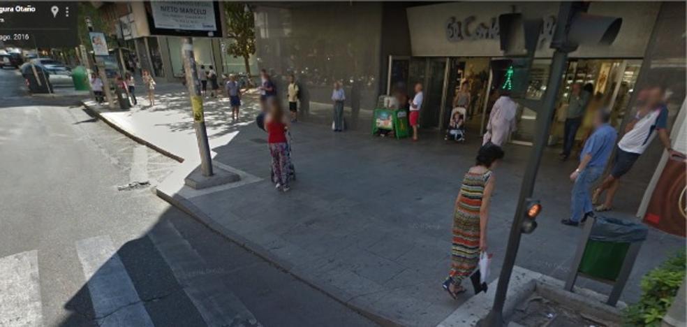 Un turismo atropella a una mujer en el centro de Badajoz
