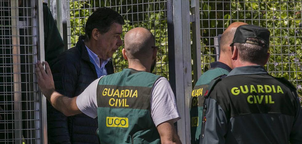 El juez rechaza excarcelar a Ignacio González porque teme que se fugue