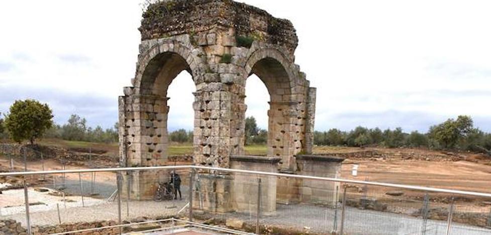 Se buscan acomodadores para las primeras representaciones teatrales en Cáparra