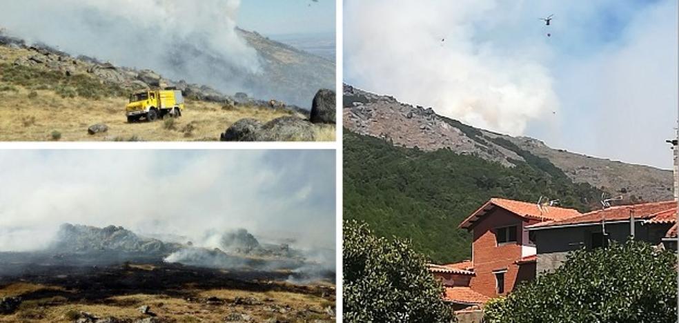 El Infoex lucha contra un fuego en Acebo