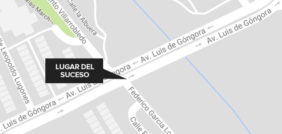 Un vehículo atropella a un hombre de 64 años en Badajoz