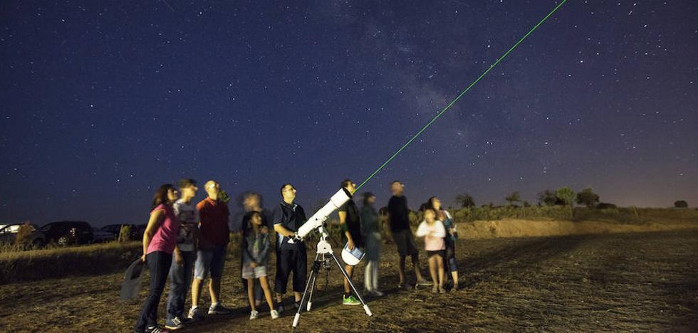Monfragüe aguarda las estrellas Perseidas