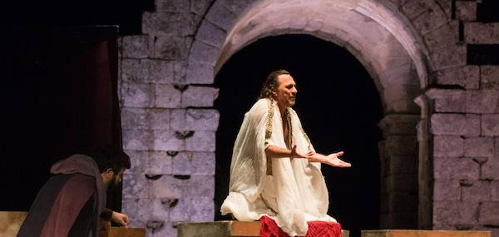 Las ruinas romanas de Cáparra se estrenan con el trágico destino de 'Edipo Rey'