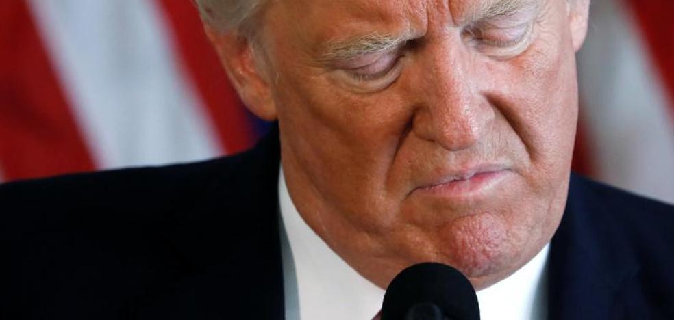 Críticas a Trump por su ambigua condena de la violencia en Virginia