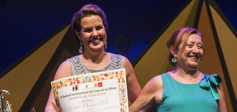 La pacense Esther Merino se impone en tarantas en el Festival de las Minas