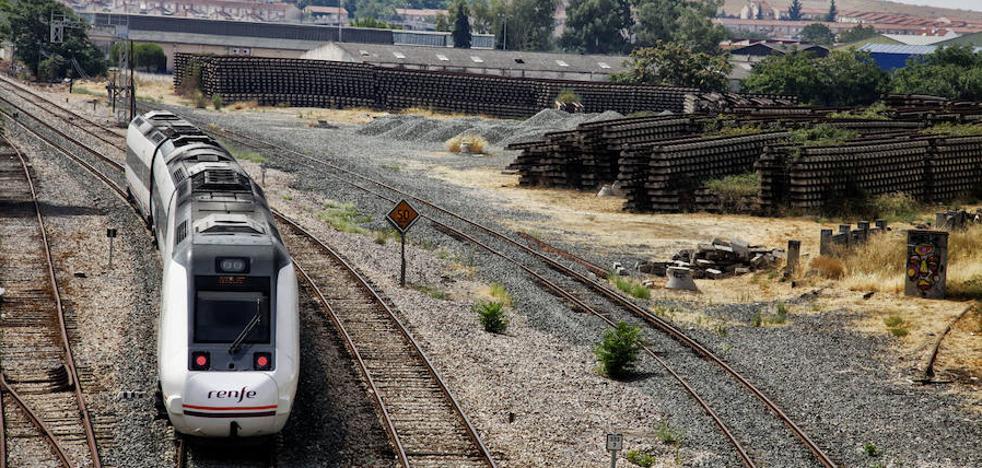 Los trenes extremeños, viejos y mal cuidados