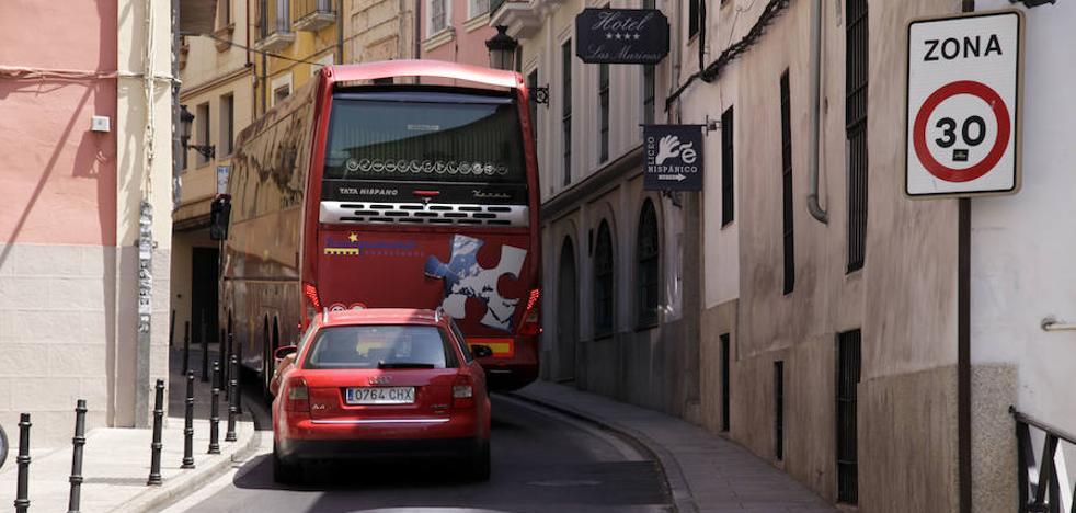 La señalización en Galarza y Parras ya advierte de la limitación de velocidad