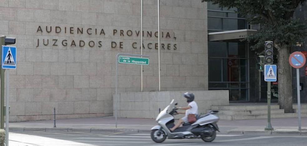 Condenado un hombre en Cáceres a un año y nueve meses de cárcel por 40 años de maltrato a su mujer