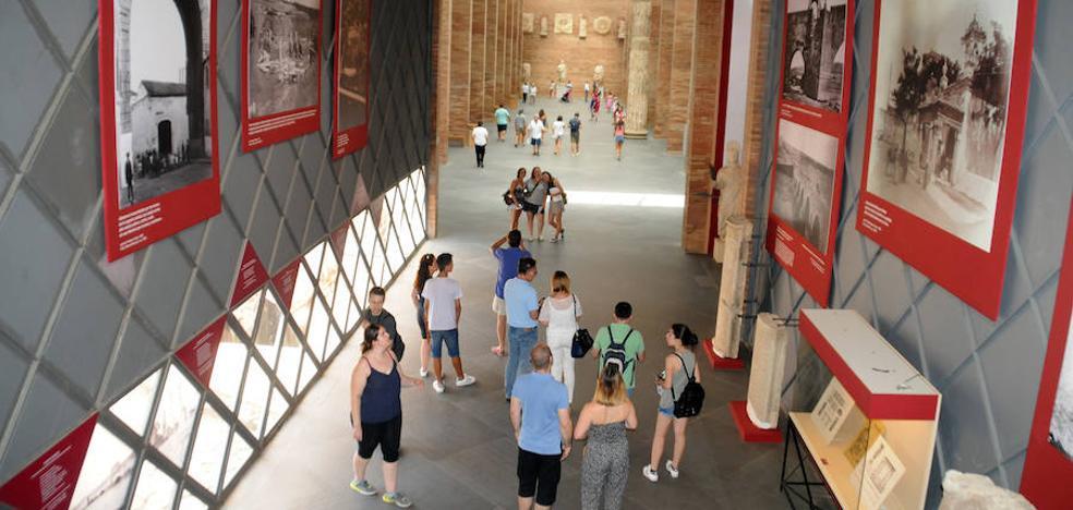 Los empresarios aplauden la apertura del Museo