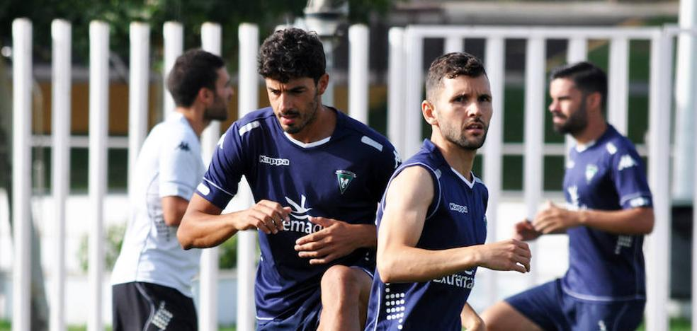Curro: «El objetivo es más que nunca la permanencia»