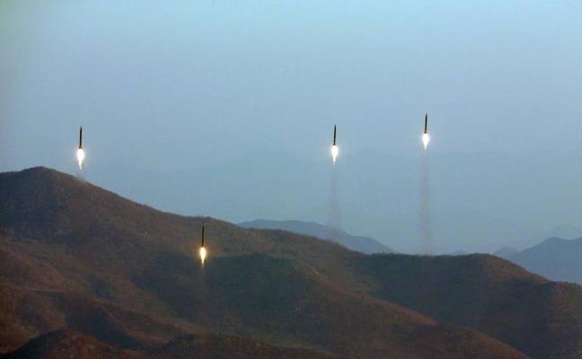 Pyongyang rompe su silencio armamentístico con un nuevo ensayo de misiles