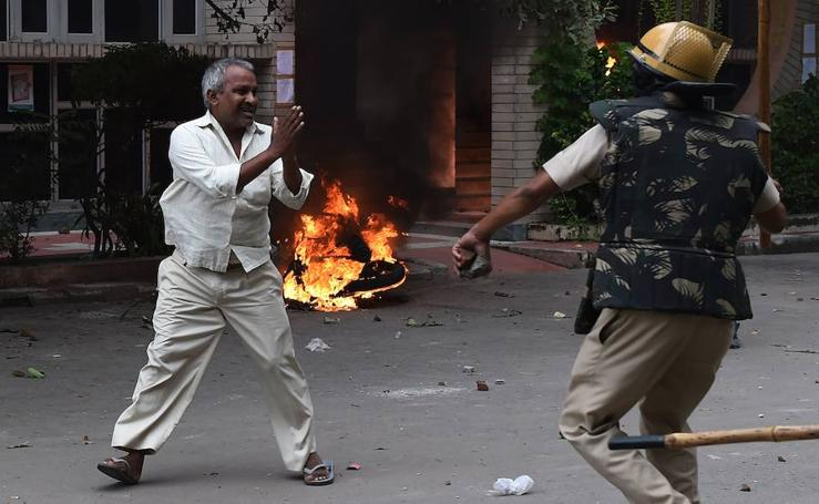 La condena por violación a un gurú indio desata el caos en el norte de la India