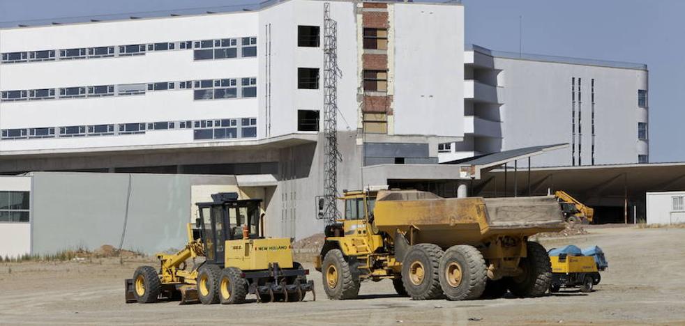 El SES contrata más equipamiento para el nuevo hospital de Cáceres