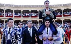 Feliz y emotiva despedida de Francisco Rivera Ordóñez en Ronda