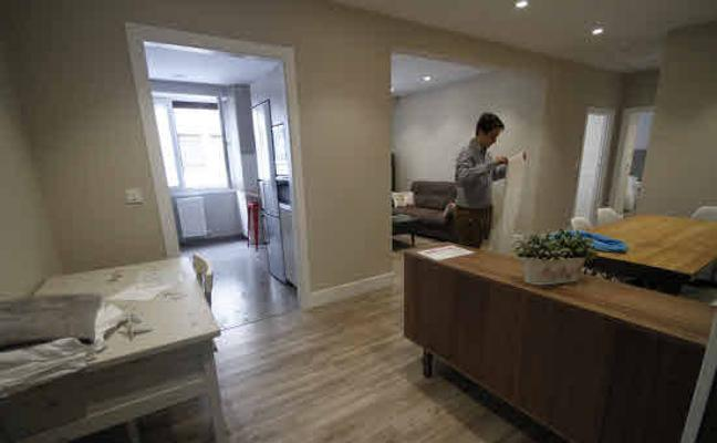 La CNMC recurre la regulación de vivienda turística de Galicia y Castilla y León