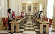 El acto del tren en Mérida rompe en Cáceres el consenso en el Día de Extremadura
