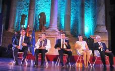 La reivindicación ferroviaria marca la entrega de las Medallas de Extremadura