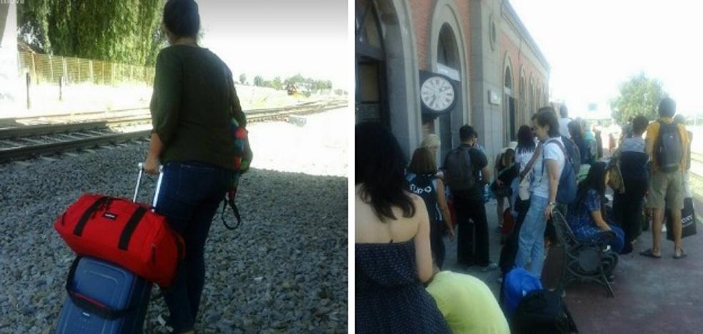 Los 62 pasajeros de un tren Badajoz-Madrid llegan con tres horas de retraso