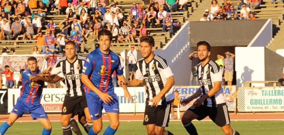 Al Extremadura se le vuelve a atragantar La Balona