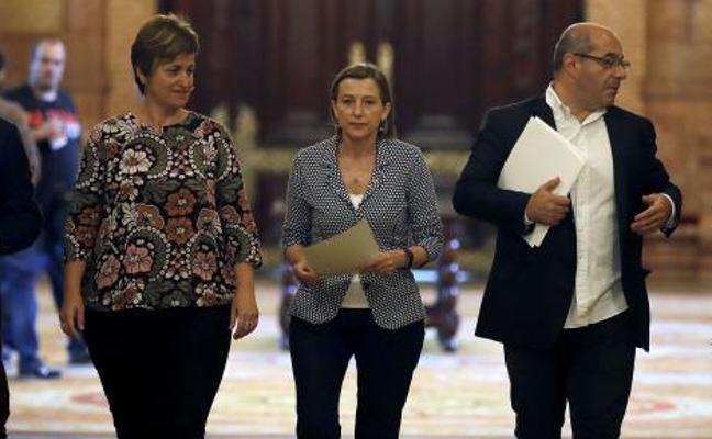 El TSJC ve indicios de desobediencia y prevaricación en la mesa del Parlament
