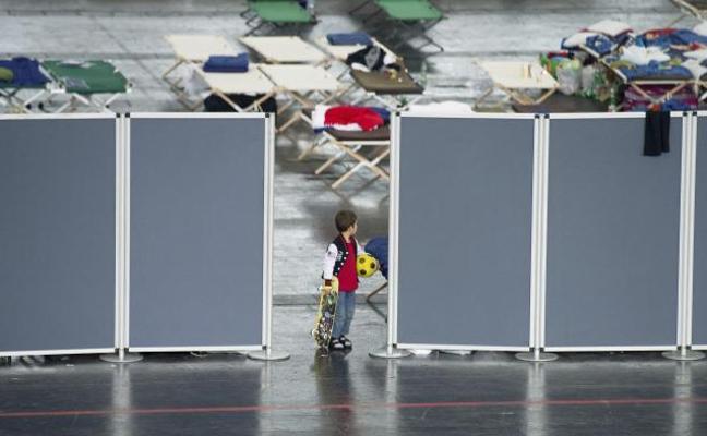 El 77% de los inmigrantes jóvenes que viaja por el Mediterráneo central sufre abusos