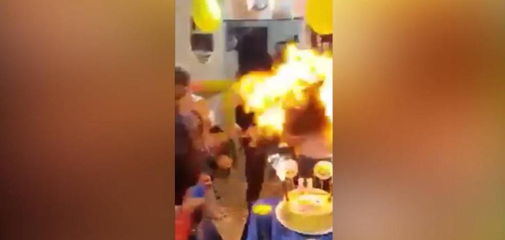 Un cumpleaños pasado por fuego