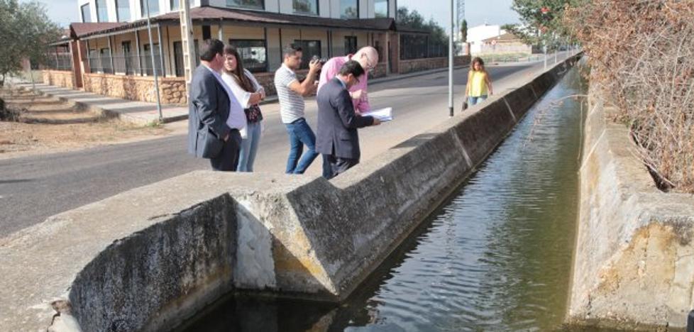 El Ayuntamiento y la Diputación soterrarán el canal de riego de Valdelacalzada