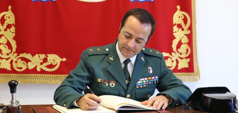 El teniente coronel Laureano Martín Velasco se despide de Cáceres