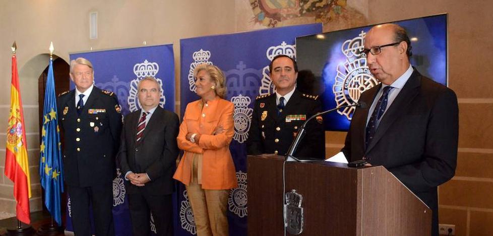 Zoido presidirá los actos del Día de la Policía en Badajoz