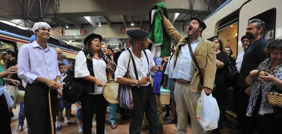 'Milana Bonita' irá a la manifestación por el tren si no hay políticos en la cabecera