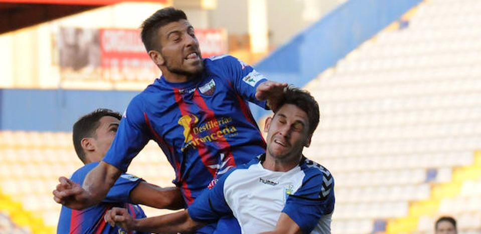El Extremadura quiere reponerse ante un San Fernando necesitado de puntos