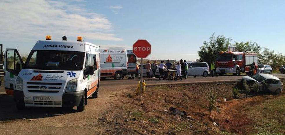 Tres heridos en el choque de tres vehículos cerca de Montijo