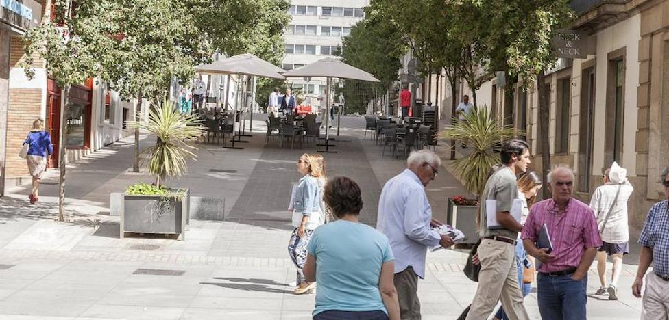 Peatonalizar Obispo Ciriaco y sus alrededores eliminará unos 50 aparcamientos en Cáceres